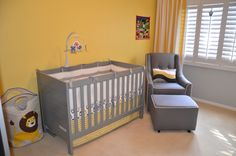 I spy adorable gray and yellow baby bedding from @The Land of Nod! #grayandyellow