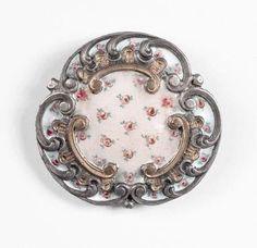 Gros bouton émaillé à décor de fleurs style Rococo, fin du XIXème siècle (D40mm) - Kapandji Morhange - 04/04/2007