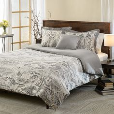 This 5-piece cotton reversible comforter set is designed with a paisley pattern that will have your bedroom decorated in luxurious style. This simple design will give any room style and fashion.