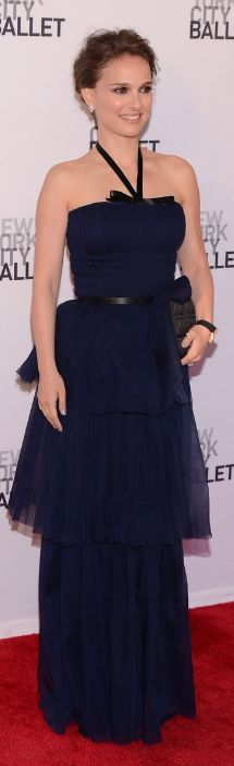 Natalie Portman:    Watch – Richard Mille    Purse, shoes and dress – Christian Dior