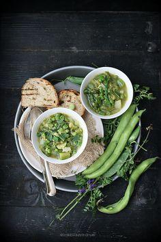 minestrone di primavera - A minestrone of a thousand shades of green ...
