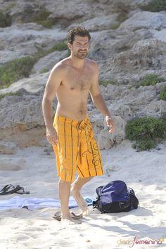 Imagen de http://www.diariofemenino.com/images/galeria/14000/14028_rodolfo-sancho-disfruta-de-sus-vacaciones-en-la-playa.jpg.
