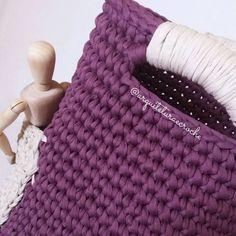 Adoro usar essas cores que quase ninguém pede. . #crochet #croche #handmade #cesto #fiodemalha #feitocomamor #feitoamao #trapilho #totora #knit #knitting #decor #quartodebebe #baby #cestofiodemalha #cestoorganizador #cestodebrinquedos #organizar #cestosparaorganizar #portacanetas #cestoparamenina #cestoderoupa #babygirl #babyboy #cestopararoupasuja #maedemenina #gravida #gestante