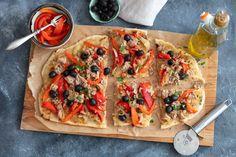 Placek z tuńczykiem i pieczoną papryką Vegetable Pizza, Vegetables, Food, Essen, Vegetable Recipes, Meals, Yemek, Veggies, Eten