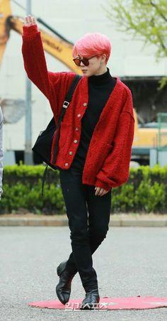 jimin airport fashion for jimin - fashion Jimin Airport Fashion, Bts Airport, Airport Style, Kpop Fashion, Korean Fashion, Foto Jimin, Jimin Jungkook, Taehyung, Bts Clothing