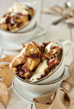 Cinnamon Bun Bread Pudding   SugarHero.com