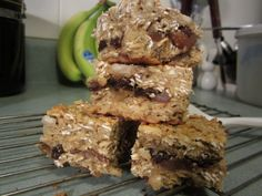 Fruit And Nut Post Workout Granola Bars With Dates (gluten Free) Fruit And Nut Recipes, Dessert Recipes, Healthy Baking, Healthy Snacks, Flaxseed Smoothie, Gluten Free Sweets, Granola Bars, Morning Food, Love Food