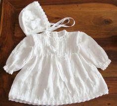 Robe et bonnet de baptême taille 6/9 mois en vente sur Alittlemarket