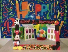 marco de cabina de fotos fiesta Mickey mouse por funpartyframes