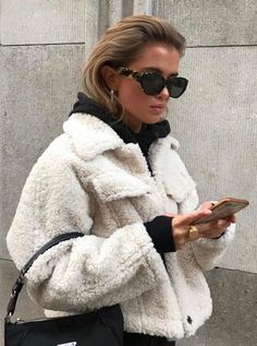 Winter Fashion Source by crystalsundays fashion aesthetic Mode Outfits, Trendy Outfits, Fall Outfits, Winter Fashion Outfits, Look Fashion, Womens Fashion, Fashion Trends, Ny Fashion, Fashion Ideas