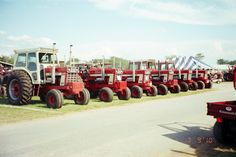 International 1468 & 1568 from Penfield 2010 Red Tractor, Tractors, International Harvester, Ih, Monster Trucks, Farming, Pictures, Photos, Grimm