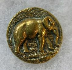 Vintage BOUTON ancien ELEPHANT 2 CM / Antique button