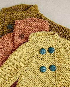 Summer cardigan knitted in two different yarn adding contrast and play.