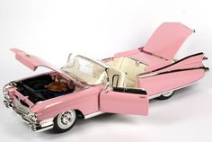 1:12 Maisto 1959 Pink Cadillac Eldorado Barritz 1:12 model car: Toys & Games