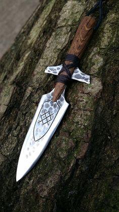 Ninja Weapons, Weapons Guns, Swords And Daggers, Knives And Swords, Odin's Spear, Vikings, Forging Knives, Armadura Cosplay, Armas Ninja