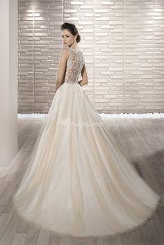 fbc3de2b04d0 37 fantastiche immagini su casa della sposa