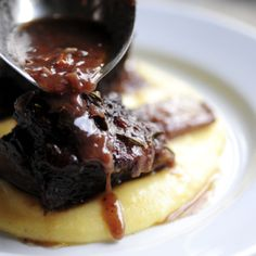 Braised Short Ribs with Creamy Goat Cheese Polenta. If you don't like goat cheese you can use another creamy or strong flavored cheese or go traditional with parmesan. Cheese Polenta, Creamy Polenta, Goat Cheese, Cheese Grits, Creamy Cheese, Polenta Lasagna, Pimento Cheese, Cheese Bread, Blue Cheese