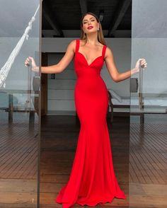 spaghetti straps long red prom dress, long by PrettyLady on Zibbet Best Picture For REd dress haute couture For Your Taste You are looking for somethi Simple Formal Dresses, Simple Long Dress, Evening Dresses, Prom Dresses, Chiffon Dresses, Bridesmaid Gowns, Dress Prom, Long Dresses, Bridesmaids