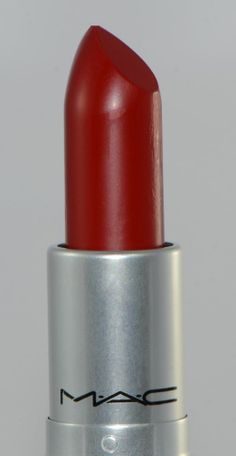 MAC RUSSIAN RED  Matte Lipstick, Rouge A Levres 3g/0.1 US oz New in Box