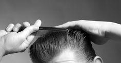 Cortes de cabelo masculinos nos anos 1950. Os cortes de cabelo nos anos 50 certamente refletiam a personalidade dos homens mais do que nas décadas anteriores. Fãs de rock'n'roll com uma atitude não conformista usavam estilos mais cheios de brilhantina. Caras mais conservadores usavam cortes de cabelo tradicionais, mais curtos. De qualquer modo, os homens estavam mais preocupados do que ...