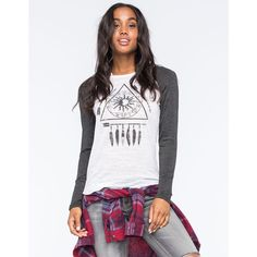 Full Tilt Triangle Arrow Womens Raglan Tee ($23) ❤ liked on Polyvore featuring tops, t-shirts, white, raglan-sleeved t-shirts, white t shirts, white graphic t shirts, white triangle top and white tee