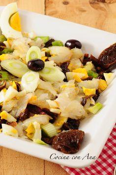 Pipirrana de bacalao de Almería Spanish Cuisine, Spanish Food, Fruit Salad, Cobb Salad, Salads, Menu, Cooking, Recipes, Blog