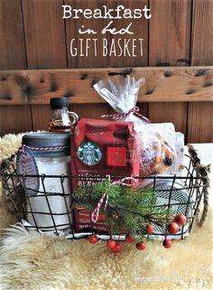 Diy Gift Baskets, Christmas Gift Baskets, Diy Christmas Gifts, Holiday Gifts, Basket Gift, Homemade Gift Baskets, Raffle Baskets, Cheap Christmas, Christmas Ideas