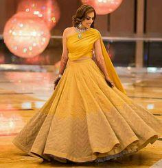 Floral Skirts, Lehenga Choli, Ball Gowns, Formal Dresses, Fashion, Ballroom Gowns, Dresses For Formal, Moda, Ball Gown Dresses