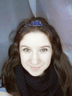 #headband #blue #flower Handmade Headbands, Crown, Halloween, Flowers, Diy, Jewelry, Blue, Fashion, Headband Bun