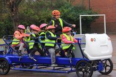 Un vélo ? Un bus ? Un transport scolaire alternatif en Normandie (Photo ©Communauté d'agglomération Seine-Eure)