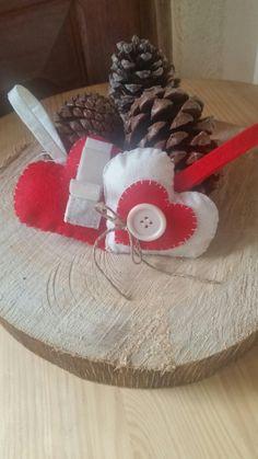 Tiernos corazones para tu arbol 1.60€ u. O visitanos en https://el-rincon-de-agueda.shopery.com/