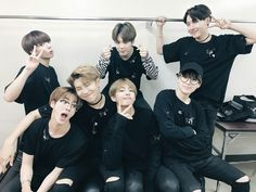 Find images and videos about kpop, bts and jungkook on We Heart It - the app to get lost in what you love. Namjin, Foto Bts, Bts 2017, Kpop, Bts Wings Tour, Cypher Pt 4, Bts Twt, Kim Namjoon, Hoseok Bts