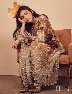 "koreanmodel: "" Kim Yong Ji by Zoo Young Gyun for Elle Korea March 2016 "" Fashion 2018, High Fashion, Fashion Beauty, Fashion Trends, Fashion Fashion, Fashion Women, Fashion Shoot, Fashion Dresses, Song Hye Kyo"