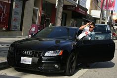Zac Efron in his Audi S5 Celebrity Cars Pictures