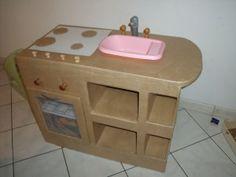 meubles en carton - blibliothéque carton - meuble a tiroir - table de salon - meuble de cuisine - meuble salle de bain - bus en carton - pet...