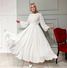 Hijab Fashion Summer, Modest Fashion Hijab, Modern Hijab Fashion, Muslim Women Fashion, Korean Fashion Dress, Fashion Dresses, Hijab Evening Dress, Hijab Dress Party, Long Sleeve Bridal Dresses