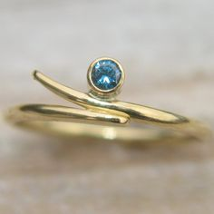 Blue Diamond Ring in 18k Yellow Gold