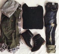 Imagen vía We Heart It https://weheartit.com/entry/157568452 #beauty #black #boots #casual #chic #clothes #comfortable #cozy #cute #dark #fashion #girl #girly #hipster #inspiration #jacket #jeans #love #outfit #pretty #street #style #sweater #warm #winter #winterfashion