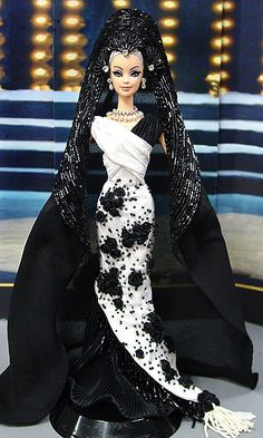 Barbie gowns ninimomo com corsica 12 15 6 Barbie Gowns, Barbie Clothes, Manequin, Barbie Miss, Beautiful Barbie Dolls, Barbie Princess, Little Doll, Barbie Collection, Barbie Friends