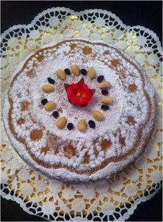Καλώς σας ξαναβρίσκουμε φίλοι μας!!  Επιστρέφουμε δυναμικά μετά τις καλοκαιρινές διακοπές μας, με συνταγές που θα μοιραζόμαστε μαζί σας καθ... Pudding, Desserts, Blog, Cakes, Deserts, Custard Pudding, Kuchen, Puddings, Dessert