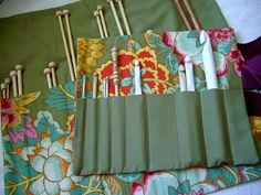 DIY: Sassy & Simple Knitting Needle and Crochet Hook Cases Diy Knitting Needles, Knitting Needle Case, Easy Knitting, Sewing Hacks, Sewing Tutorials, Sewing Patterns, Crochet Patterns, Bag Patterns, Crochet Hook Case
