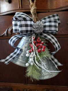 Farmhouse Christmas Decor, Country Christmas Decorations, Farmhouse Decor, Christmas Wreaths, Holiday Decor, Color Trends 2018, My Etsy Shop, Bows, Check