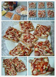 [~DIY披薩面包 Pizza Bread~]  材料: 白面包 6片 Hotdog 3条切半 三色豆  蟹柳 切小片 大洋葱 切小块 Cheddar cheese 4片切小粒  调味料: 蕃茄酱 辣椒酱 Mayonnaise (不放也可以)  做法: 1。把面包旁边的金黄色切出! 2。搽上蕃茄酱和Mayonnaise后,把所有材料摆放进去! 3。铺上cheddar cheese粒,再加入蕃茄酱和辣椒酱在面! 4。放入烤箱以180度烤10-15分钟,即可!