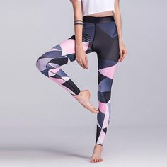 89dfffe028 26 Best Athleisure and Yoga Pants images   Workout outfits, Athletic ...