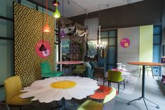 FLOWER POT   Potocco Event @ Big Apple - Potocco Flower Agra Table & Chairs