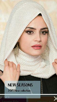 New season evening dress hijab headpiece Hijab Coat Models 2020 Turban Hijab, Hijab Dress, Habits Musulmans, Hijab Collection, Turban Style, Hijab Tutorial, Islamic Fashion, Moda Emo, Abaya Fashion