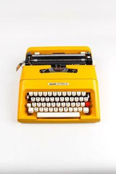 OLIVETTI LETTERA 35 - Colorado Yellow Typewriter - working typewriter - Vintage - Portable Manual typewriter - with new ribbon Mellow Yellow, Mustard Yellow, Color Yellow, Yellow Style, Yellow Art, Yellow Black, Fred Instagram, Chez Jules, Retro