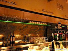 BEIM DRECHSLER | An der Bar beim Drechsler auf eine Melange zwischendurch. Bar, Restaurants, Broadway Shows, Restaurant, Food Stations, Diners
