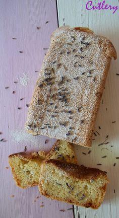 *Levandulový chlebík s kúskami bielej čokolády*   Tento úžasný recept mám z tohto krásneho blogu. Vôňa  levandule spolu s bielou čokoládou je perfektná!  Určite treba vyskúšať.