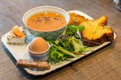 Brunch de Noël Bleu Canard - Assiette végétarienne avec son cake courge / butternut et sa mouillette châtaigne